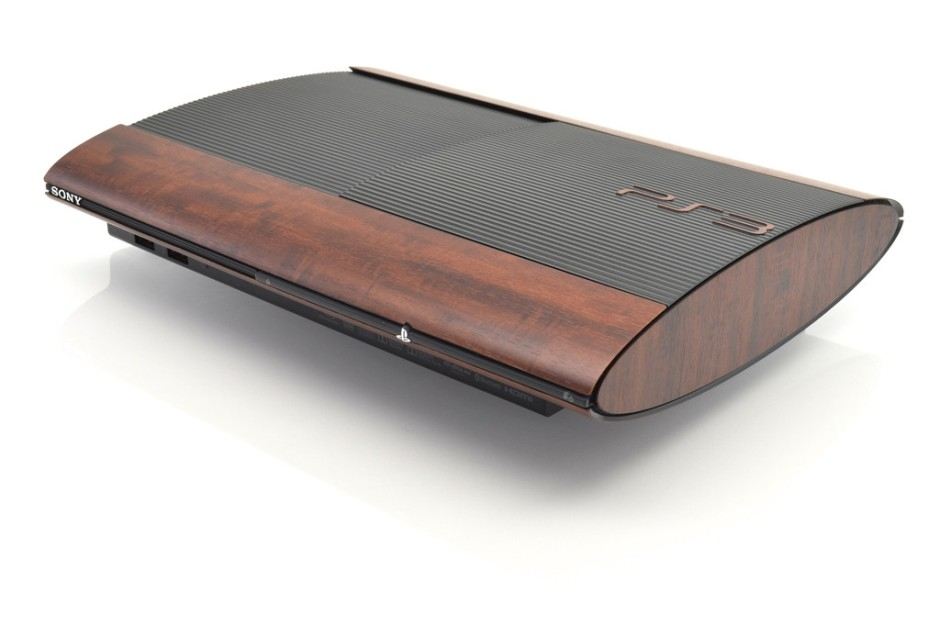 Sadly my PS3 didn't come with this teak effect, which would have really fit in with the decor of The Manor.